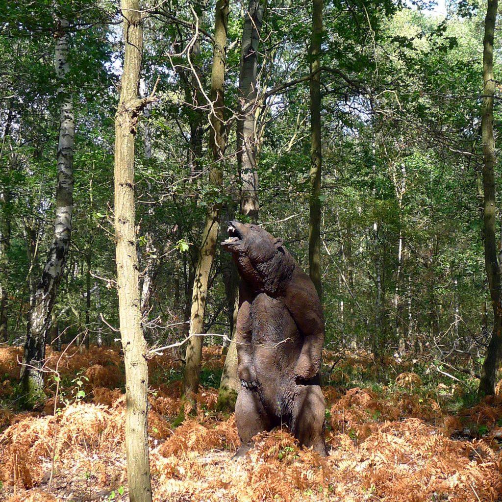 Wolfgang Herbst: 3D-Tiere für Bogensport, Dekoration, Werbung - tier.art - Grizzlybär